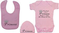 Princesse... Baby Grow/body/Ange/gilet, feeding Bib & Chapeau/Bonnet NB-12m drôle
