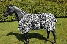 Fliegendecke Zebra von Waldhausen ohne Halsteil, ohne Maske