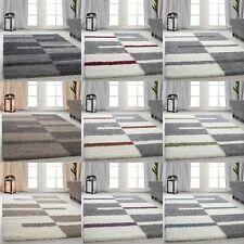 Teppiche Hochflor Shaggy gestreift und karirt Motive für Wohnzimmer, Esszimmer.