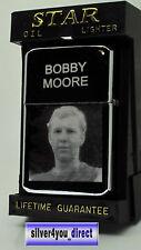BOBBY MOORE PHOTO / TEXT ENGRAVED LIGHTER GIFT UK