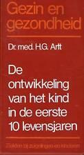 DR.MED.H.G.ARLT - HET KIND IN DE EERSTE 10 LEVENSJAREN