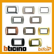 PLACCA PLASTIC LIVING COMPATIBLE BTICINO 3 4 7 MODULI PLACCHE INTERRUTTORI PRESE