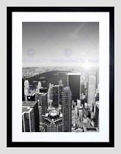 NEW YORK CITY BLACK WHITE BLACK FRAME FRAMED ART PRINT PICTURE MOUNT B12X9500