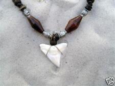 NUOVA grande dente di squalo COLLANA LUCKY surfista TALISMANO Spiaggia Acqua Surf / n189nvi