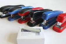 Metallo & Plastica CUCITRICI, rosso, nero, blu con 5000 punti metallici