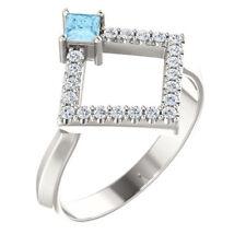Princesa Aguamarina & 1/5 CTW Diamante Geométrico anillo chapado en plata