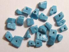 25 split edelsteenkralen TURQUOISE HOWLIET 2-5mm