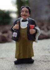 Waiter Figurine El Guapo S Scale 1/64 Diorama Accessory