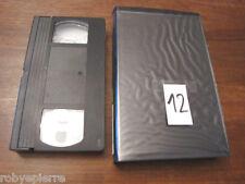 Videocassetta vhs video cassetta vintage e120 e120 polaroid d-zqhd l'incantesimo