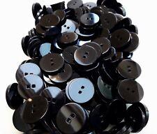25mm 28mm Black Large Quality Coat Sq. 2 Hole Buttons Sewing (Q187A Q187B)