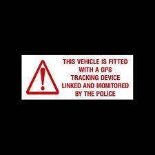 Le véhicule est équipé d'un dispositif de suivi GPS autocollant externes liées - / SIGNE
