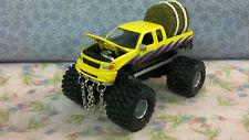 1/64 Custom Lifted FORD F150, PULLING TRUCK, CUSTOM PAINT,CHAINS, Farm Toy Truck