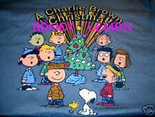 PEANUTS GANG SNOOPY CHARLIE BRWON CHRISTMAS T-SHIRT M