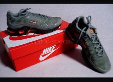 Nike Air Max Plus SE BG Dark Stucco Total Orange Gr 38 38.5 oliv AO5435 001  TXT
