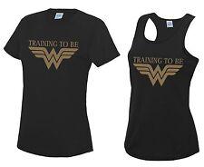 Capacitación para ser mujer maravilla que ejecutan Camiseta O Chaleco rendimiento para entrenamiento