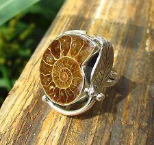 Ring Sterling Silber 925 Ammonit Fossil Spirale braun in Fassung aus Silberfeder