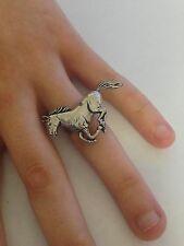 A19 in esecuzione Cavallo peltro inglese, anello donna regolabile handmade in Sheffield