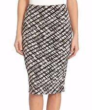 Karen Kane Black/White Abstract Stretch Jersey Curve-Hugging City Skirt - $68